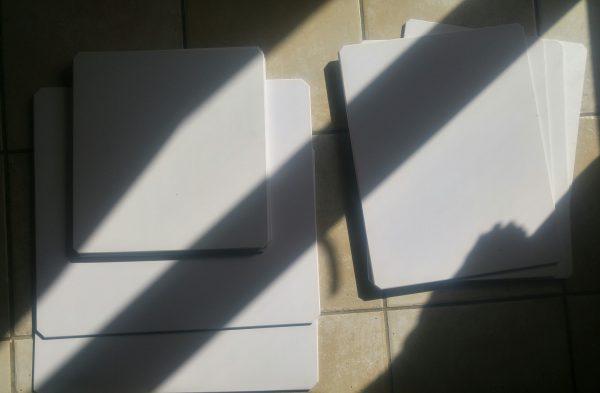 Plaque pour rigidifier sac pizza